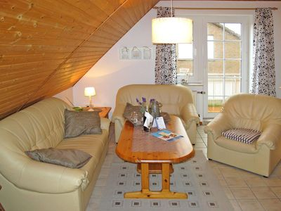 Photo for Nice apartment for 5 guests with TV, balcony, pets allowed and parking