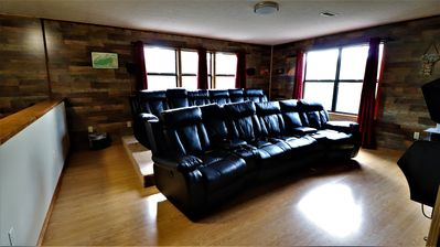 Photo for Antler Cove Luxury Cabin! 💖of Pigeon Forge! Cinema/HotTub/Deck/Netflix/Wifi++