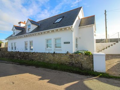Photo for Atlantic House - sleeps 7 guests  in 4 bedrooms