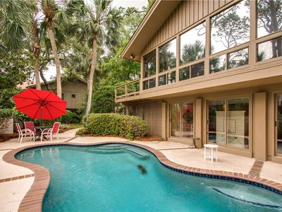 Photo for 10 Whistling Swan   Dog Friendly   Short Walk to Beach   Private Pool   Updated Kitchen   Sea Pines