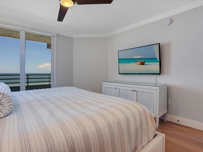 Photo for 5 BEDROOMS 5 STAR BEACHFRONT NEW RENOVATION