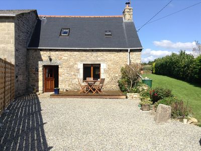 Photo for Well-appointed charming stone cottage in rural Brittany, 35 minutes from seaside