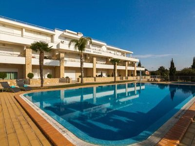 Photo for Wonderful Apartment Near Olhos De Água Beach