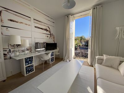Luxury design apartment in a small house in a prime location of St. Tropez