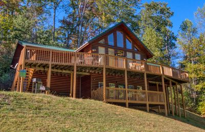 Photo for Gatlinburg's Luxury Log Cabin Lodge near Downtown with privacy & pool access!