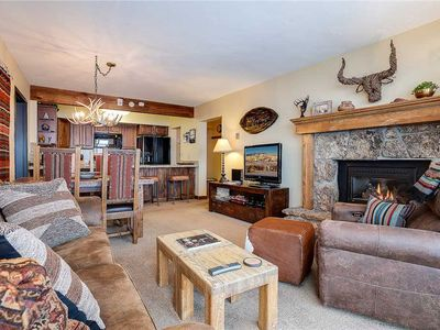 Photo for BT303 by Mtn Resorts: Mountain Side Condo With Unbeatable Views*Pool & Hot Tub!