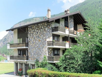 Photo for 1BR Apartment Vacation Rental in Saas-balen, Valais