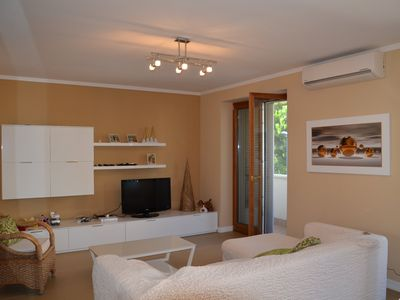 Photo for Residence equipped with all comforts, 250 meters from the sea