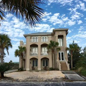 Photo for Beachside Cottage 4bd/3 bath No street to cross 3 story beauty in Kiva Dunes