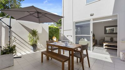 Photo for The Courtyards at Sunshine Beach - Pet-Friendly