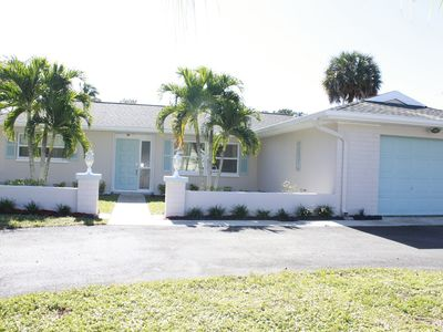 Photo for Come and experience Naples' Seabreeze & Sunsets in this wonderful 3/2 home!