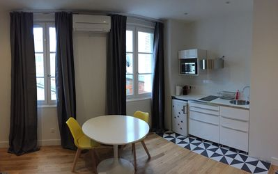 Photo for Apartment Hypercentre of Tours air-conditioned