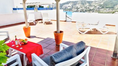 Photo for Lovely 2 bedroom apartment with large terraces and stunning views of the bay