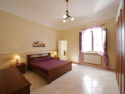 Photo for In the center, 2 steps from the sea with terrace and wifi