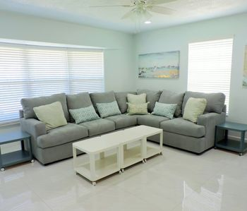 Photo for Las Turquesas Beautiful New 5/3 for 12 guests, Just  Minutes to Beaches & Pier