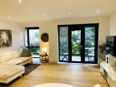 Photo for Stunning Apartment Putney