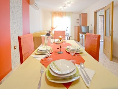Photo for Holiday apartment Banjole for 4 - 6 persons with 2 bedrooms - Holiday apartment