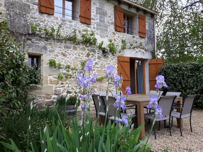 Photo for Pinot self catering holiday home in the Bordeaux vineyards South West France
