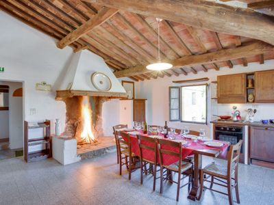 Photo for Apartment Scalone in Monte San Savino - 8 persons, 4 bedrooms
