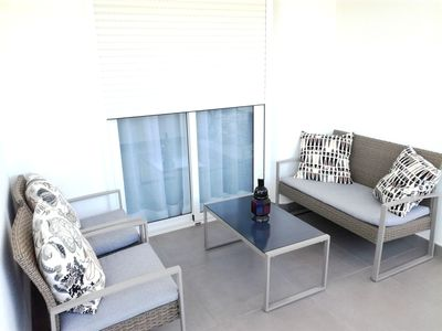 Photo for Big apt with pool access and sea view