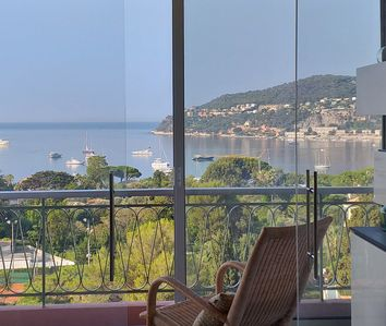 Photo for Exceptional sea view between Nice and Monaco