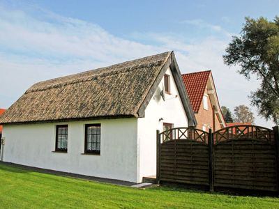 Photo for Cottage with thatched roof on Lobber dike - Cottage with thatched roof on Lobber dike