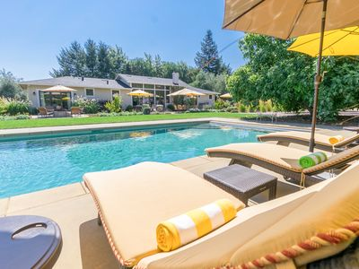 Photo for Poolside 3BR/4.5BA in Wine Country w/ Spa, Fitness Cabana & Bocce Court