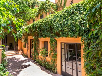 Photo for Colorful Spanish Colonial in Historic Centro - Rave Reviews!