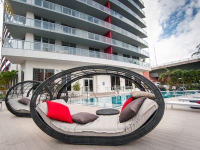 Photo for Brand New & Luxurious One Bedroom with Intracoastal Waterway View
