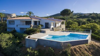 Photo for South Shore Villa, pool, near beach, golf view of Ajaccio and bloodthirsty islands