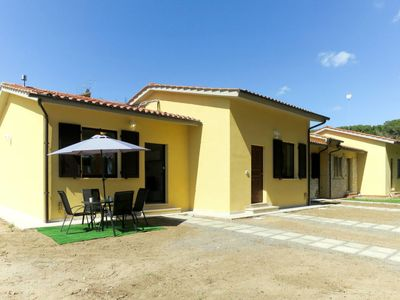 Photo for One bedroom Villa, sleeps 4 with FREE WiFi and Walk to Beach & Shops