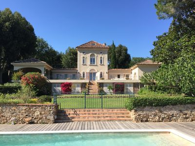 Photo for Villa Grimaud, Gulf of Saint-Tropez, 16 - 19 people