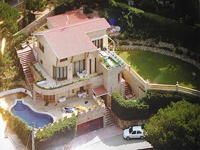 Photo for 5 bedroom Villa, sleeps 12 with Pool, Air Con, WiFi and Walk to Shops