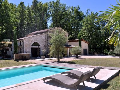 Photo for Charming stone house, 4 bedrooms, private pool without vis-à-vis