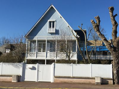 Photo for Magnificent house by the sea in Deauville Normandy