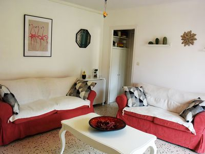 Photo for Apartment near the beaches and the city center of the peninsula of giens