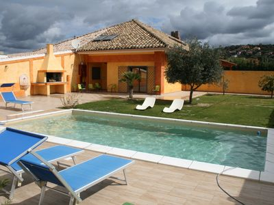 Photo for Villa Chloe, with swimming pool, lawned garden a few km from Cagliari, Sardinia