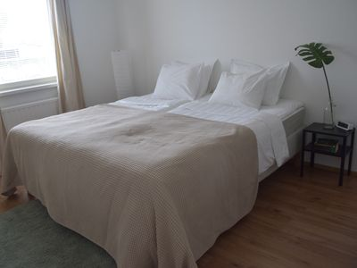 Photo for Cozy Central  1 bedroom Flat, 3 beds+2 extra beds