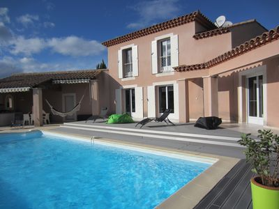 Photo for Beautiful Villa with pool near the city center and quiet of the scrubland.