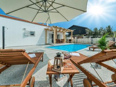 Photo for Holiday house Nin for 8 - 10 persons with 4 bedrooms - Holiday house