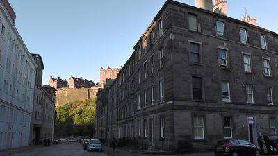 Photo for AJEM 13/6 Castle Grindlay Street 3 bed sleeps 8. Five minutes from Princes St.