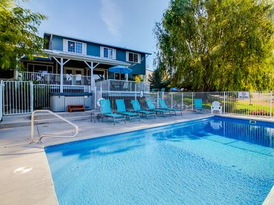 Photo for Luxury home w/private pool & hot tub overlooking Lake Chelan
