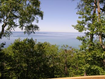 Welcome to Eagle View along Lake Michigan