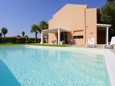 Photo for Villa dei Coralli: a fresh style villa with pool on the Western coast of Sicily