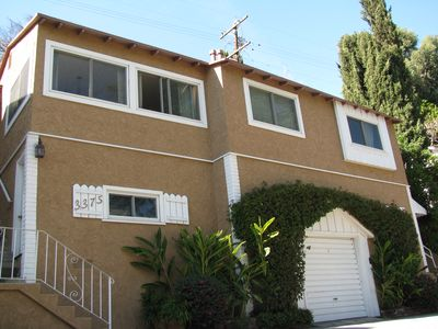 STUNNING Hollywood Hills Home... Celebrity Area, GREAT VIEWS and AWESOME REVIEWS