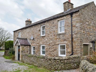 Photo for 3 bedroom property in Leyburn. Pet friendly.