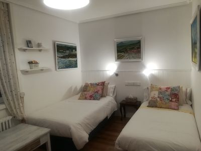 Photo for Bed room 2 beds, ideally located