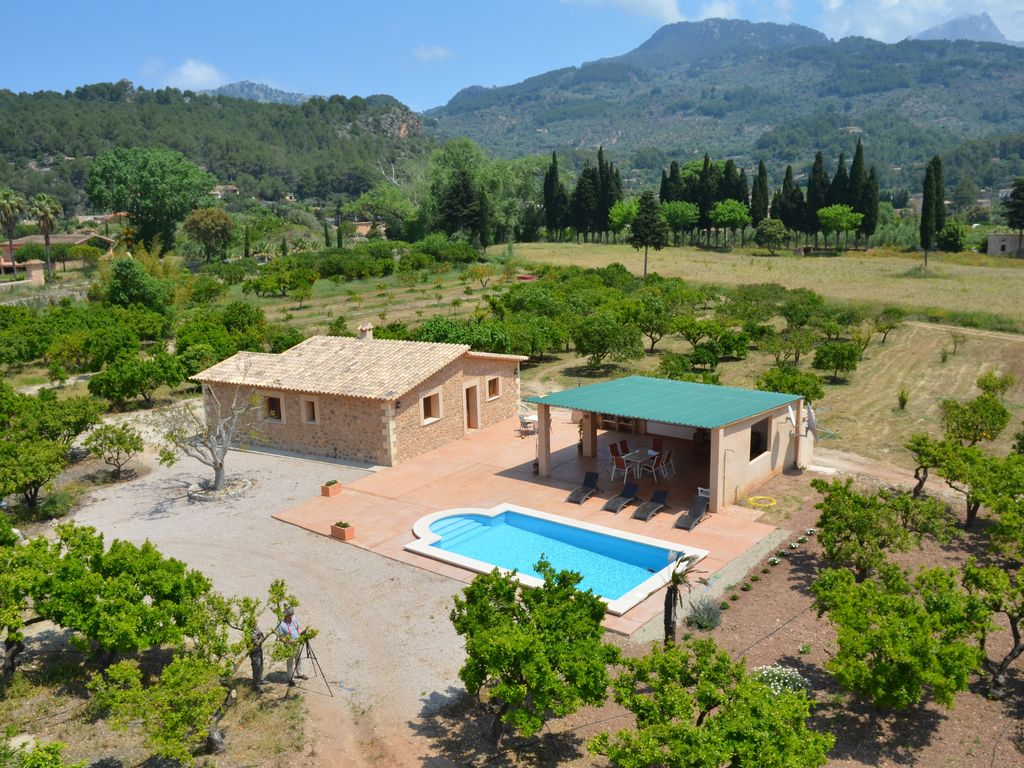 B11334 cottage with pool and large garden in quiet - Casitas de campo ...