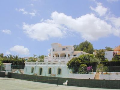 Photo for Luxury Det Villa With 6+ Bedrooms 4 Bathrooms, Tennis Court & Private Pool