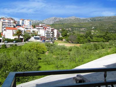 Photo for One bedroom apartment with terrace and sea view Podstrana, Split (A-9662-a)